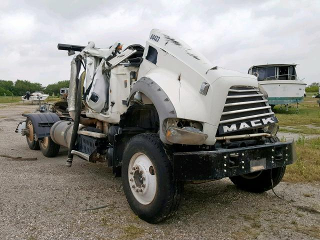 click here to view 2015 MACK 700 GU700 at IBIDSAFELY