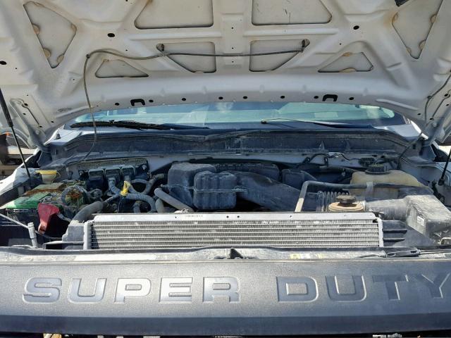 1FT7W2B60EEB03214 - 2014 Ford F250 Super 6.2L inside view
