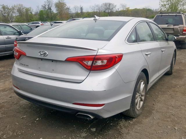 5NPE24AF8FH006960 - 2015 Hyundai Sonata Se 2.4L rear view