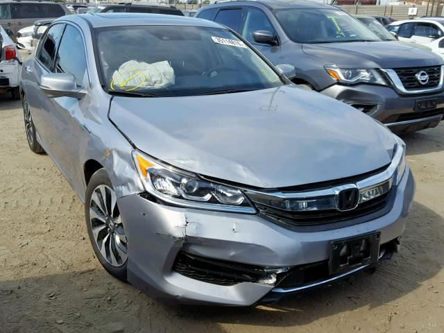 click here to view 2017 HONDA ACCORD HYB at IBIDSAFELY