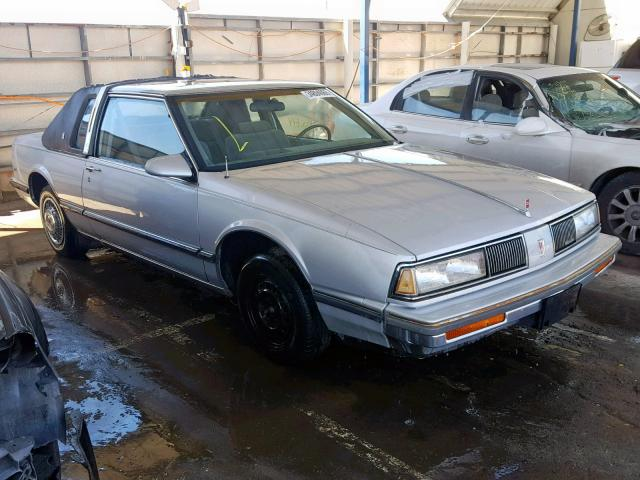 click here to view 1988 OLDSMOBILE DELTA 88 R at IBIDSAFELY