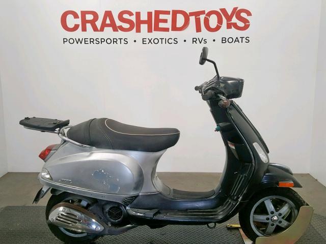 ZAPM448F995603288-2009-vespa-scooter