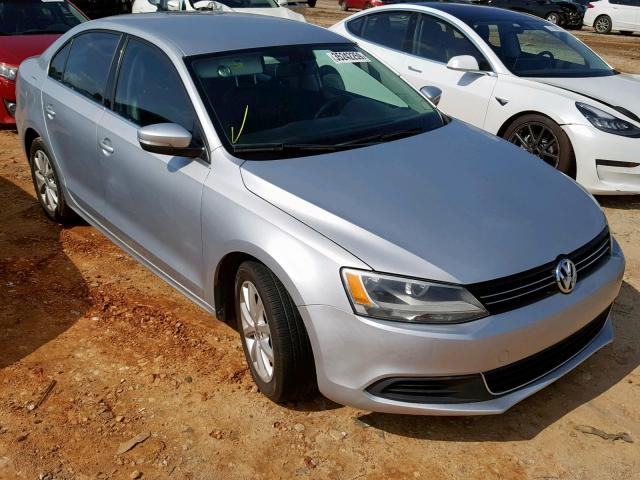 click here to view 2013 VOLKSWAGEN JETTA SE at IBIDSAFELY