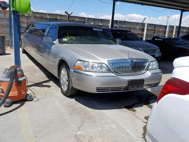 click here to view 2005 LINCOLN TOWN CAR E at IBIDSAFELY