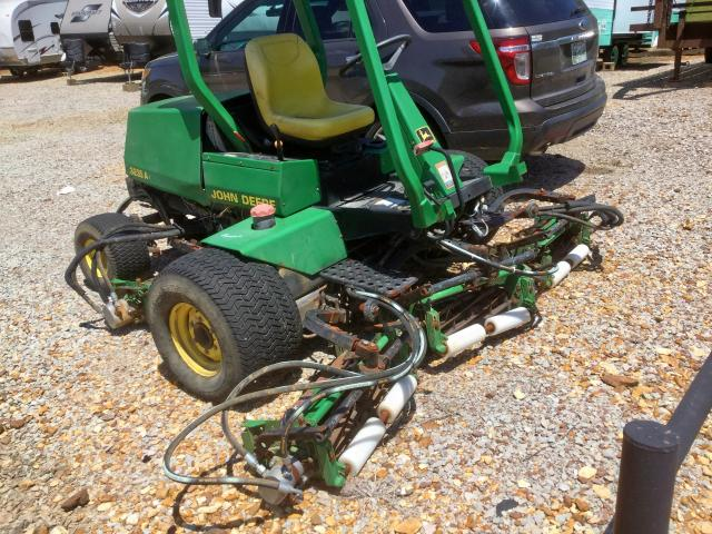 click here to view 2010 JOHN DEERE 3235A at IBIDSAFELY