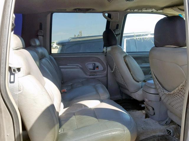 1999 CHEVROLET SUBURBAN K2500 Photos | TX - AUSTIN - Salvage Car