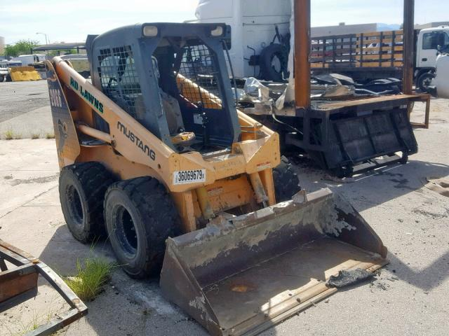 click here to view 2004 MUST SKIDSTEER at IBIDSAFELY