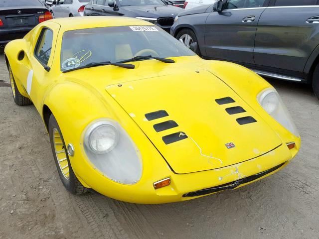 1122503099-1973-volkswagen-beetle