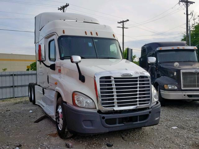 click here to view 2017 FREIGHTLINER CASCADIA 1 at IBIDSAFELY