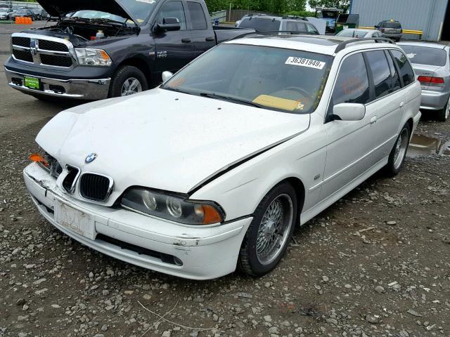 2001 BMW  525 IT AUTO