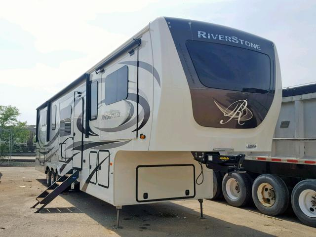 click here to view 2019 WILDWOOD 5TH WHEEL at IBIDSAFELY