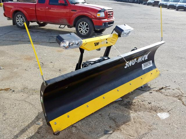 click here to view 2000 SNOW PLOW at IBIDSAFELY