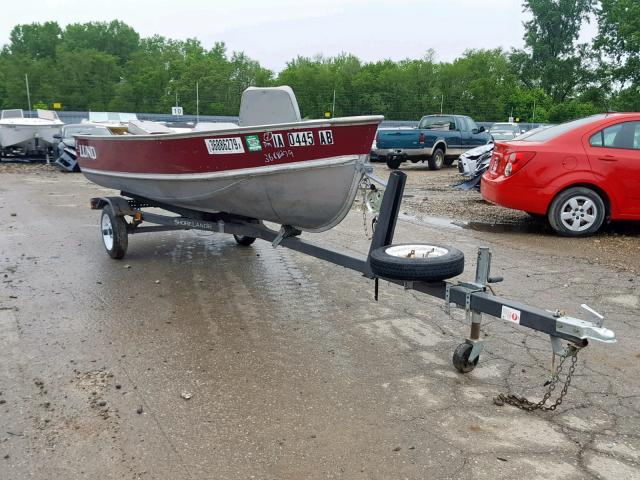 click here to view 1990 LUND BOAT at IBIDSAFELY