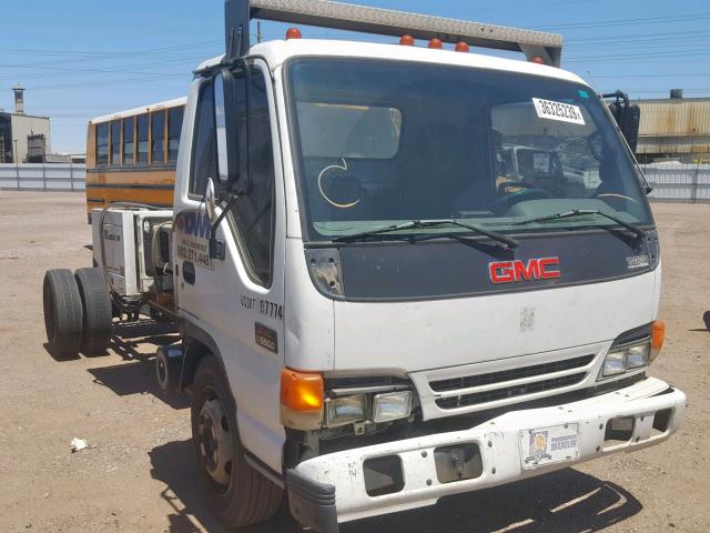 Salvage 2004 GMC 5500 W5504 for sale