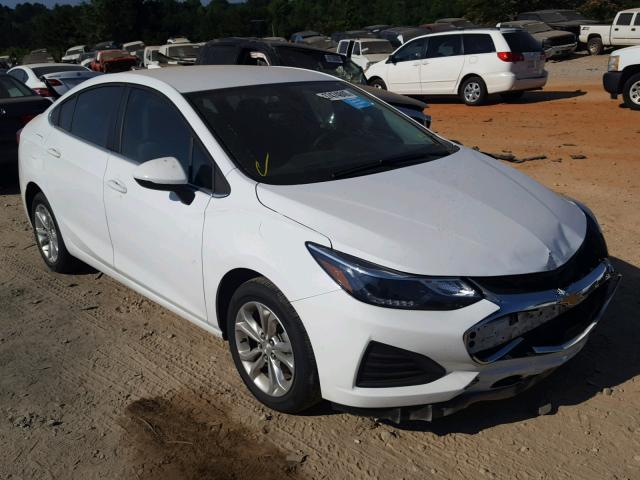 Salvage 2019 Chevrolet CRUZE LT for sale