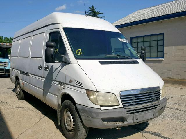 click here to view 2006 FREIGHTLINER SPRINTER 2 at IBIDSAFELY