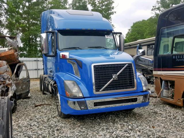 click here to view 2016 VOLVO VN VNL at IBIDSAFELY