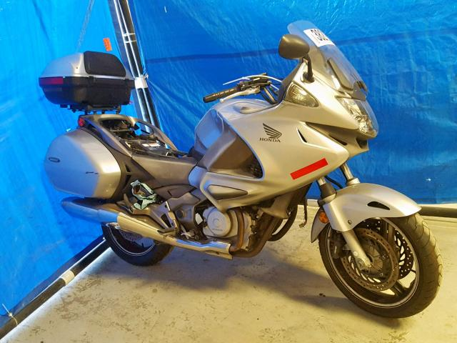 click here to view 2010 HONDA NT700 V at IBIDSAFELY