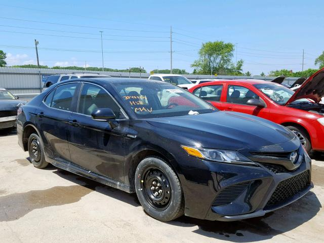 click here to view 2019 TOYOTA CAMRY HYBR at IBIDSAFELY