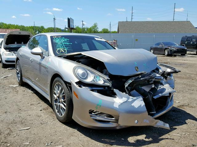click here to view 2011 PORSCHE PANAMERA 2 at IBIDSAFELY