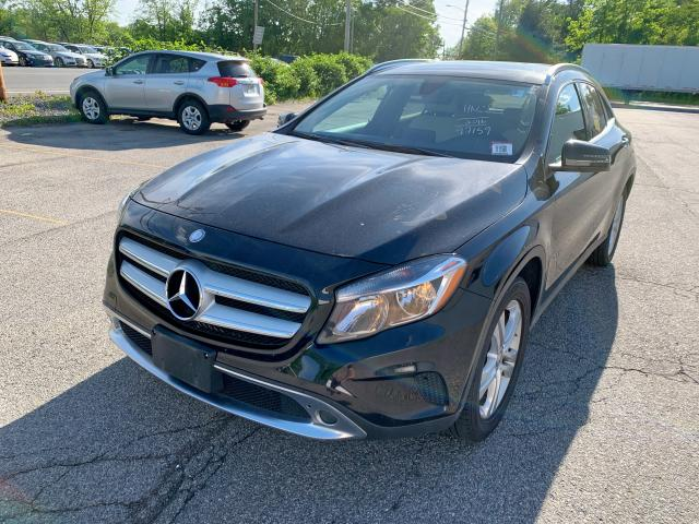 click here to view 2016 MERCEDES-BENZ GLA 250 4M at IBIDSAFELY