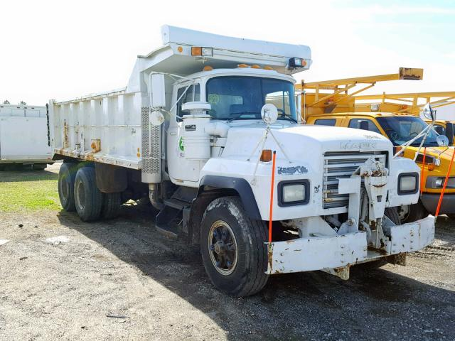 click here to view 2002 MACK 600 RD600 at IBIDSAFELY
