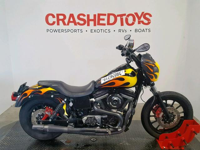 click here to view 2005 HARLEY-DAVIDSON FXDI at IBIDSAFELY