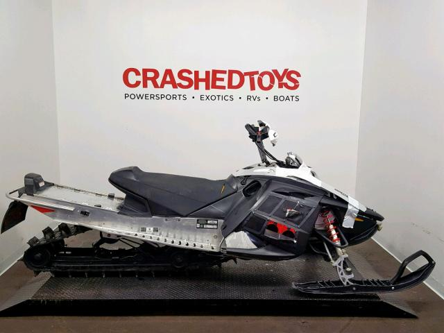 photo SKIDOO SNOWMOBILE 2007