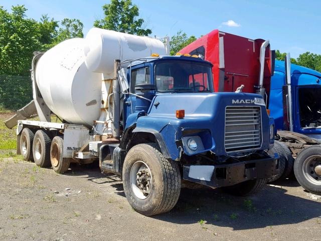 click here to view 2003 MACK 600 DM600 at IBIDSAFELY