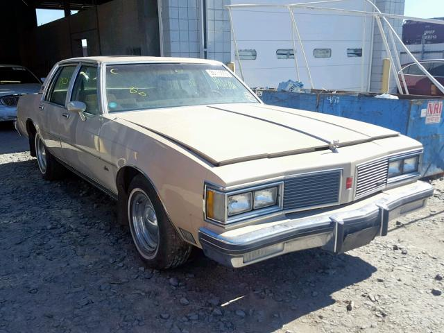 click here to view 1982 OLDSMOBILE DELTA 88 R at IBIDSAFELY