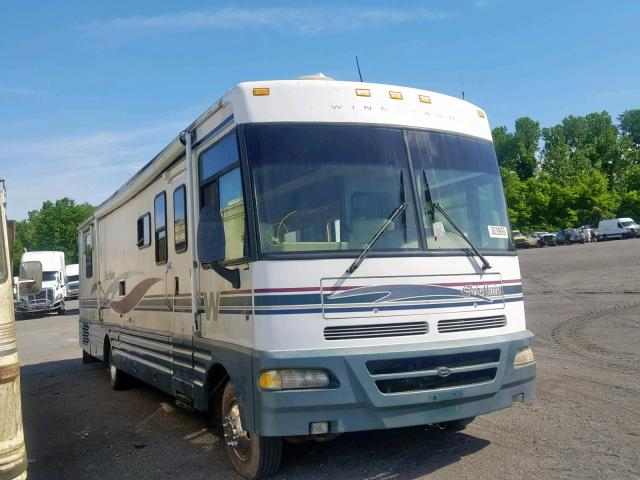click here to view 2000 WINNEBAGO CHEFTIN at IBIDSAFELY