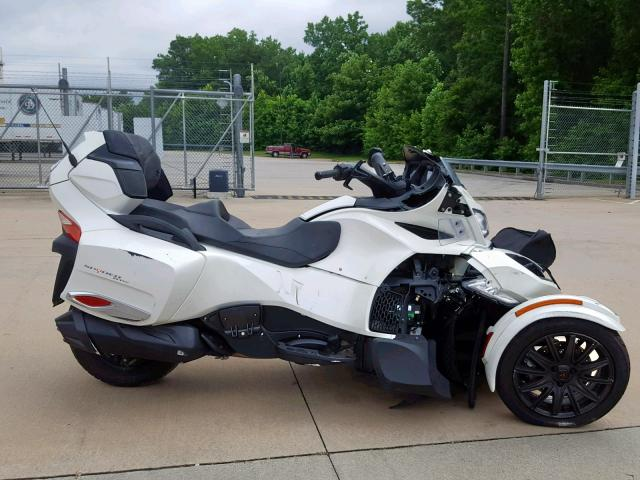 click here to view 2017 CAN-AM SPYDER ROA at IBIDSAFELY