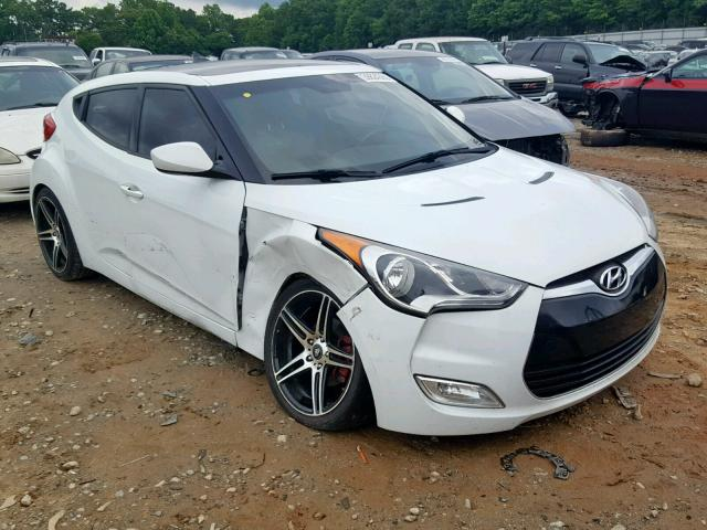 Salvage 2013 Hyundai VELOSTER for sale