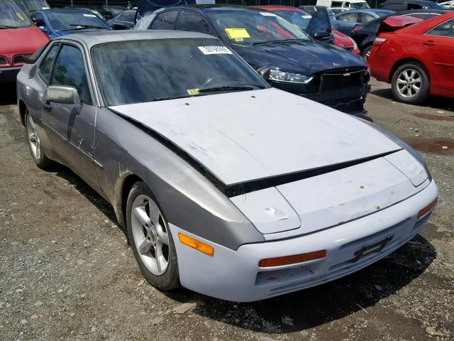 click here to view 1985 PORSCHE 944 at IBIDSAFELY