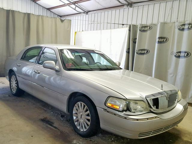 Salvage 2003 Lincoln TOWN CAR E for sale