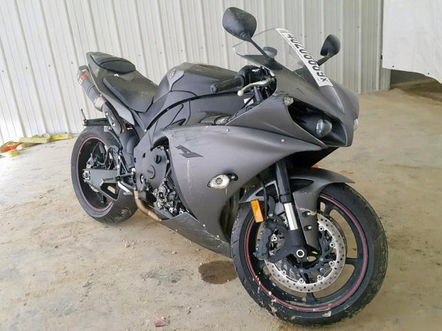 click here to view 2013 YAMAHA YZFR1 at IBIDSAFELY