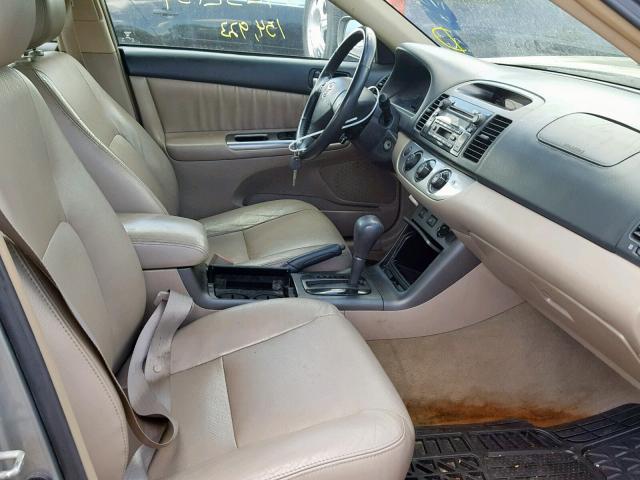 2005 Toyota Camry Se 3 3l 6 For Sale In Elgin Il Lot 37252139
