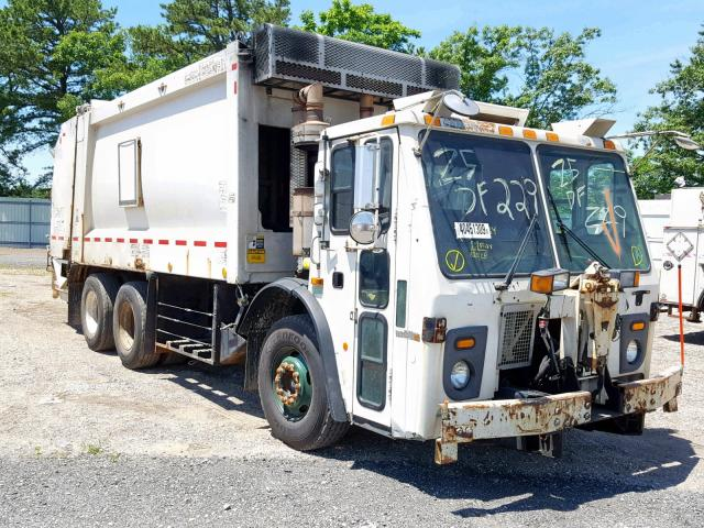 click here to view 2010 MACK 600 LEU600 at IBIDSAFELY