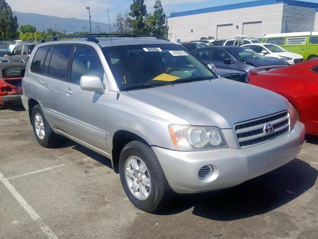 Salvage 2002 Toyota HIGHLANDER for sale