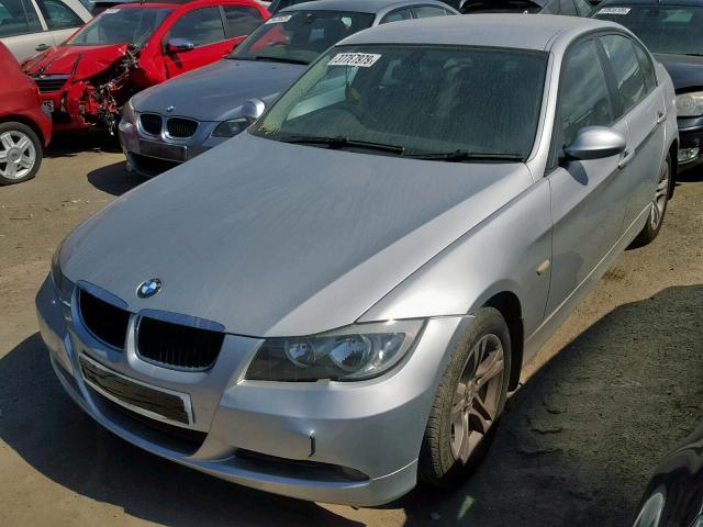 BMW 318I SE - 2008 rok