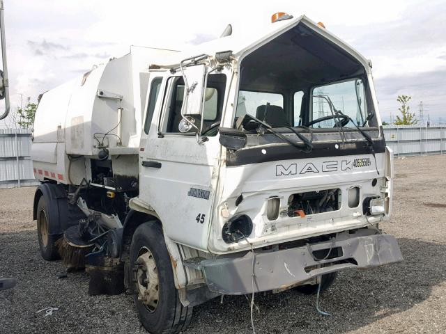 click here to view 1999 MACK 250 MS250 at IBIDSAFELY