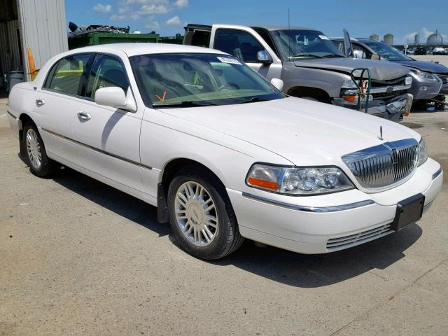 click here to view 2008 LINCOLN TOWN CAR S at IBIDSAFELY