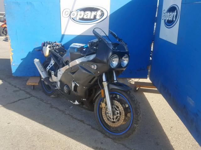click here to view 1989 YAMAHA FZR400 at IBIDSAFELY