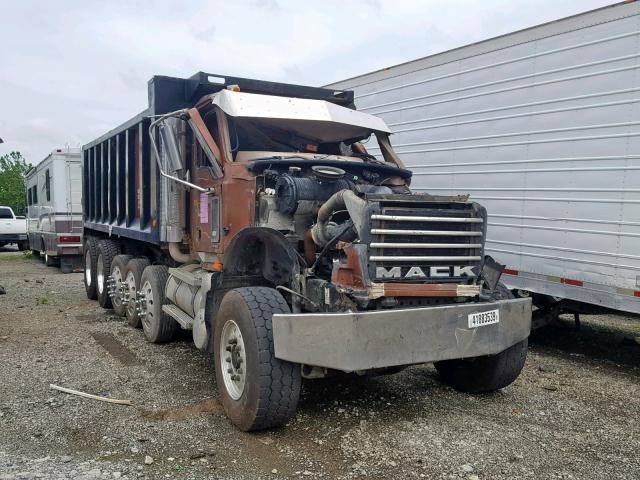 click here to view 2007 MACK 700 CV700 at IBIDSAFELY