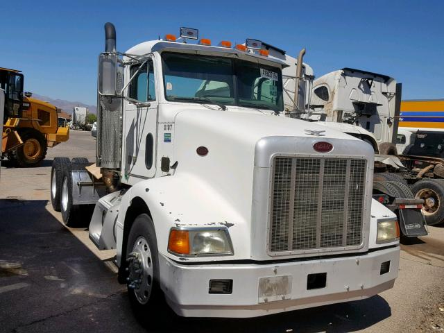 click here to view 2004 PETERBILT 385 at IBIDSAFELY