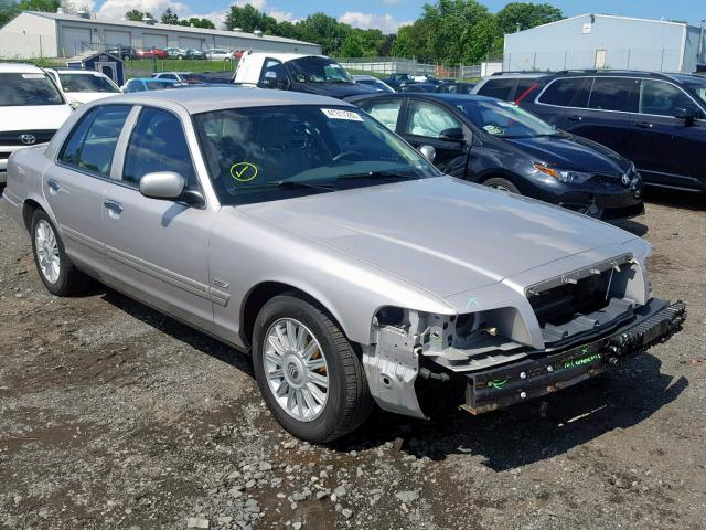 click here to view 2009 MERCURY GRAND MARQ at IBIDSAFELY