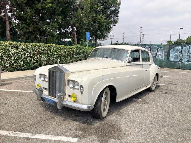 click here to view 1965 ROLLS-ROYCE CLOUD III at IBIDSAFELY