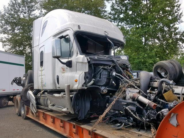 Salvage cars for sale from Copart Woodburn, OR: 2017 Freightliner Cascadia 1