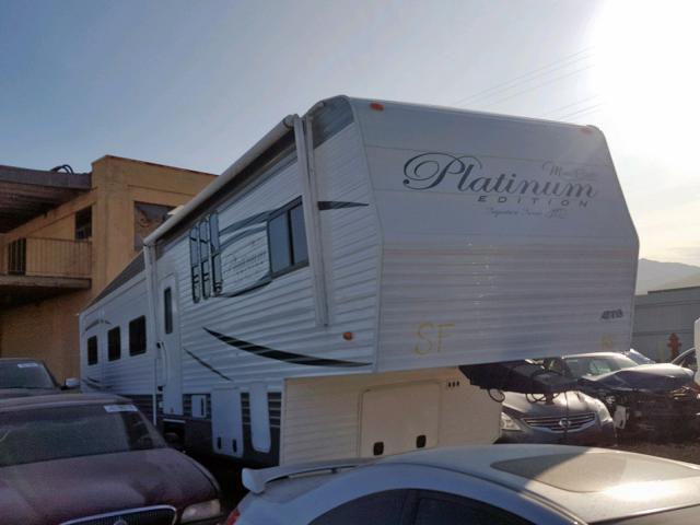 5CZ300R34J1226096-2018-mont-trailer