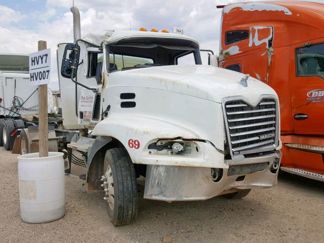 click here to view 2018 MACK 600 CXU600 at IBIDSAFELY
